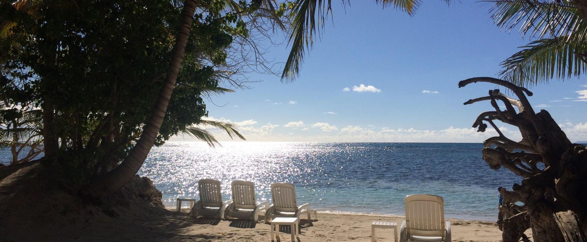 Be on the beach sainte anne b4 1